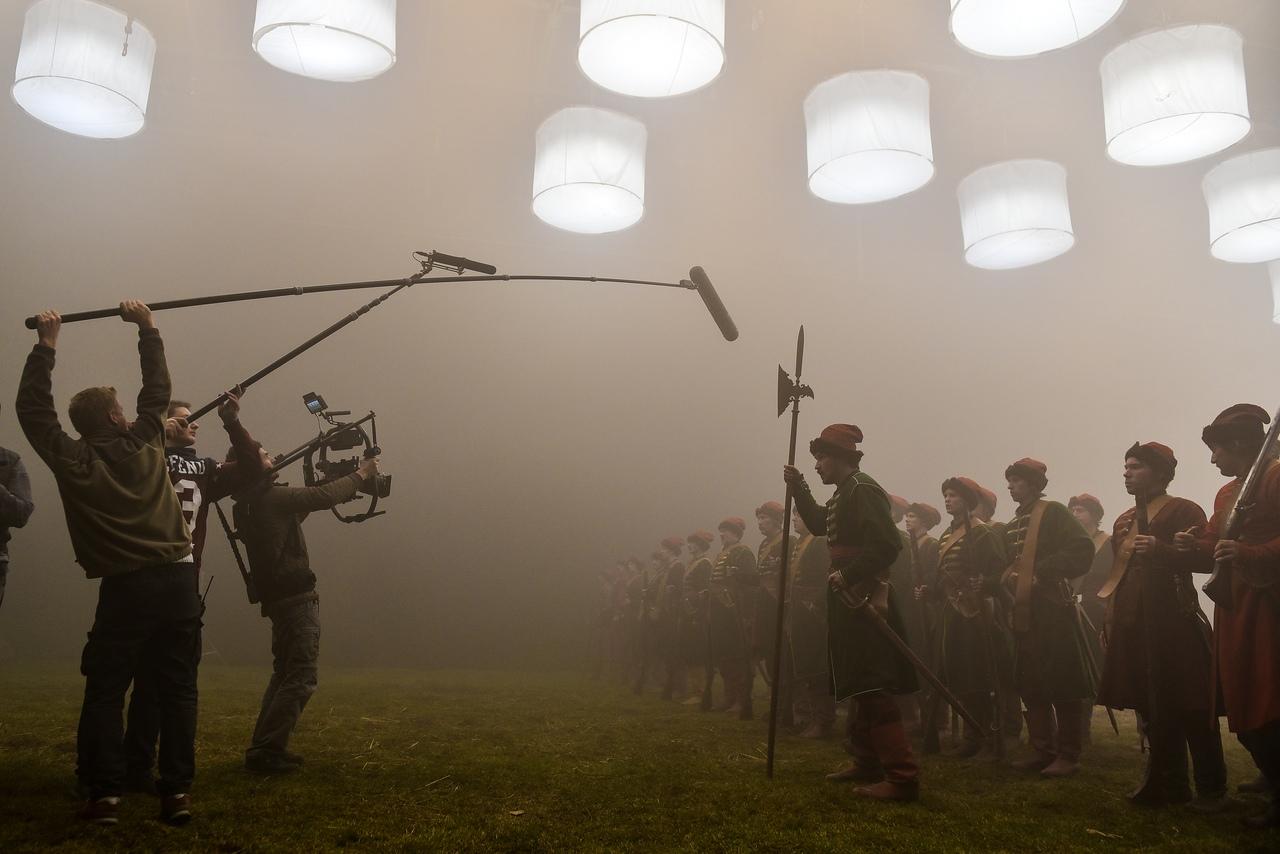 Съемки фильма Собор в павильонах Ленфильма