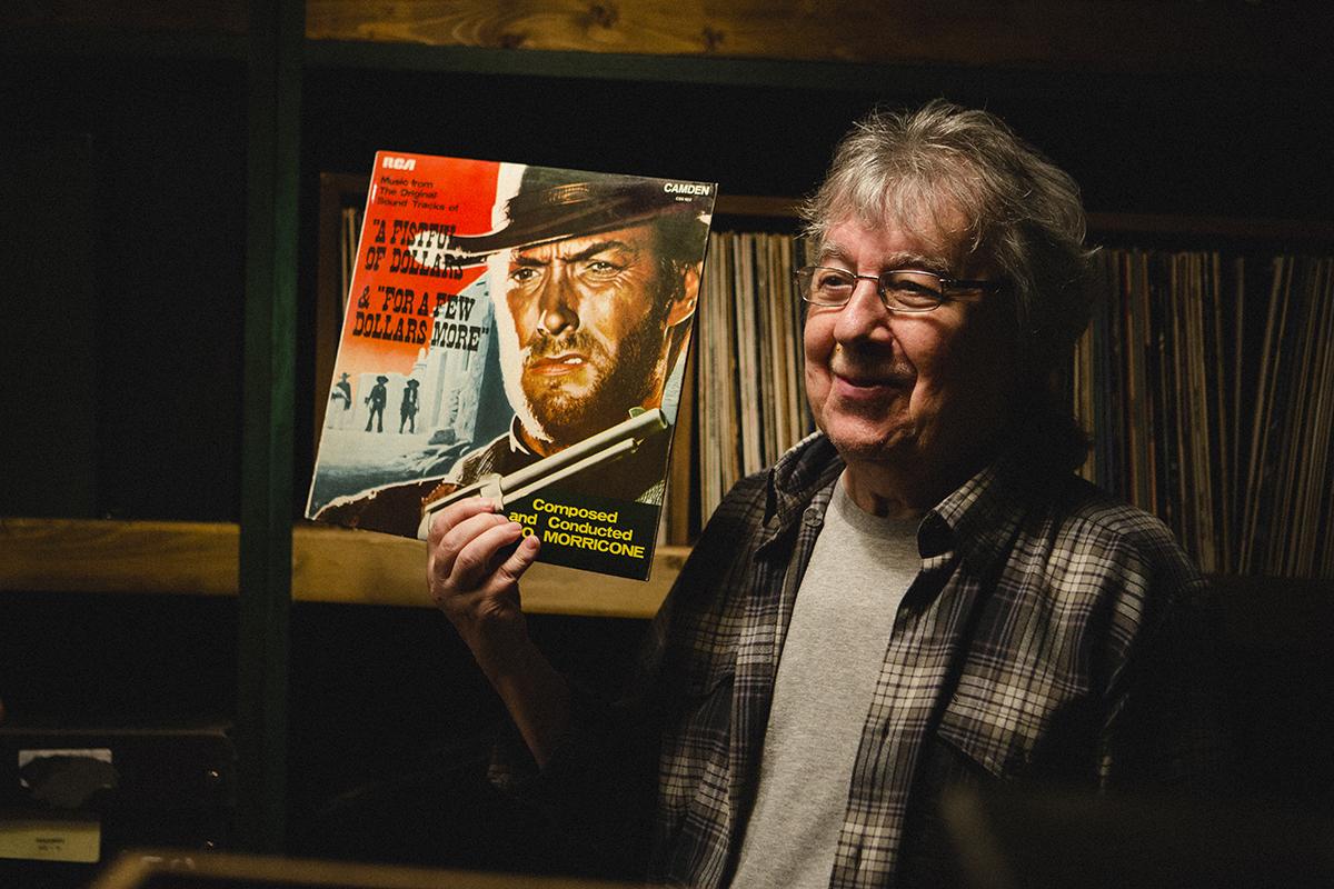 22 мая в 00:10 документальный фильм «Билл Уаймен. Самый тихий из Роллингов» на Первом канале